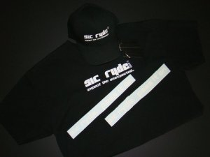 SIC RYDE T-Shirt & Hat